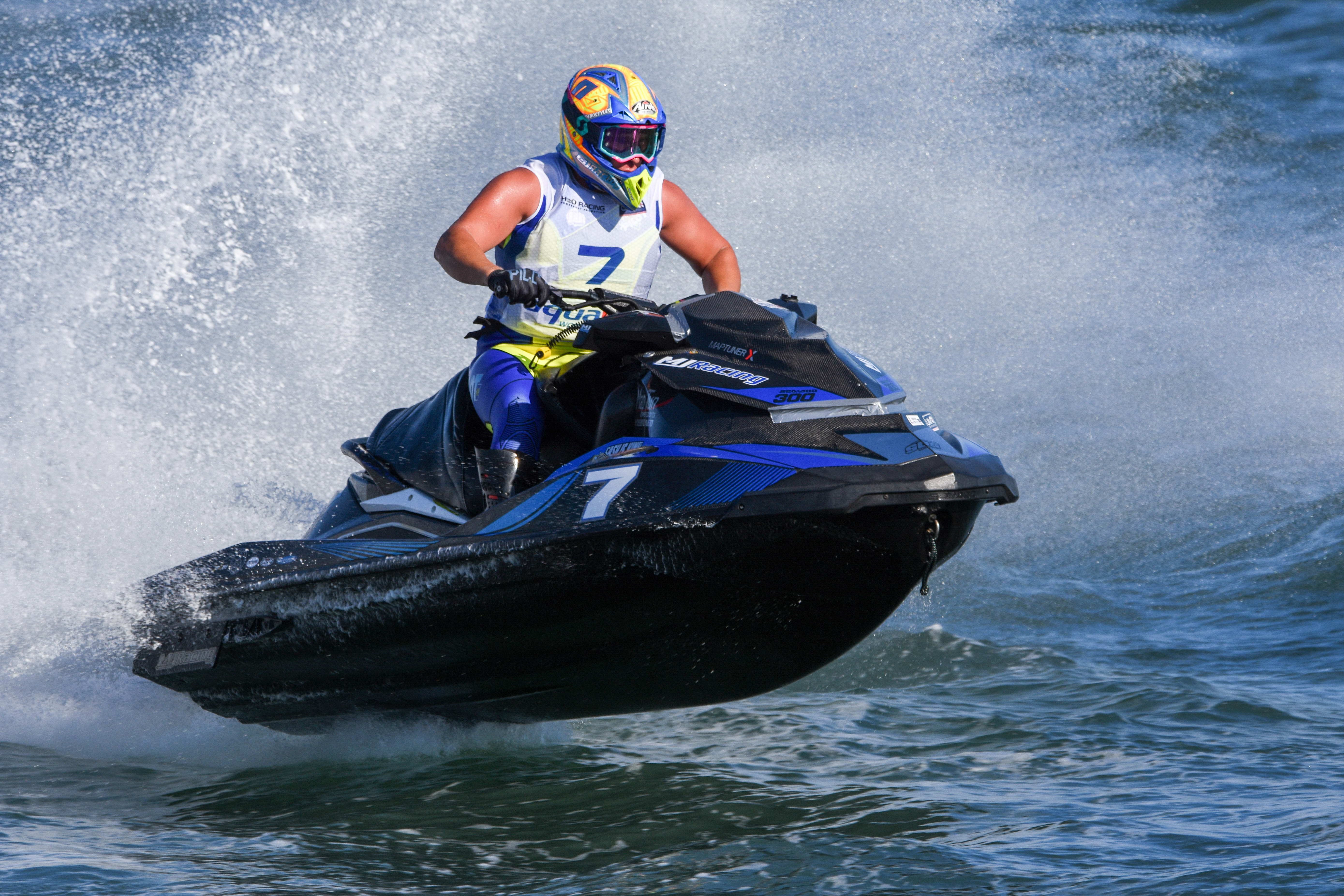 AQUABIKE TITLE RACE SET TO STEP UP A GEAR AT THE UIM-ABP HAIER GRAND PRIX IN QINGDAO